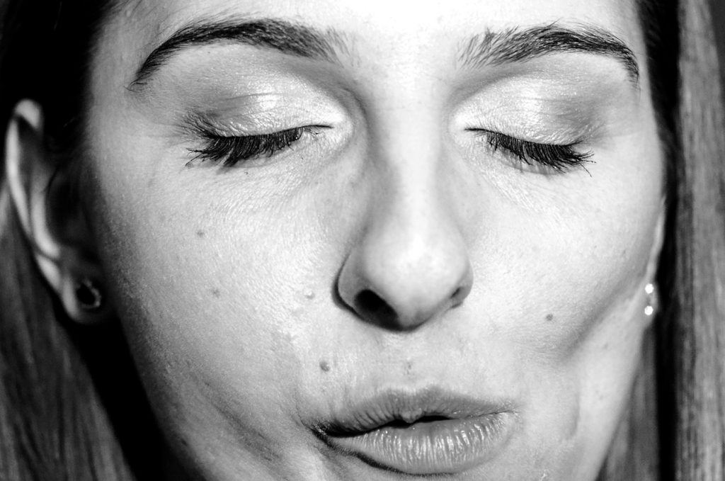 close-up-romanian-girl-portrait